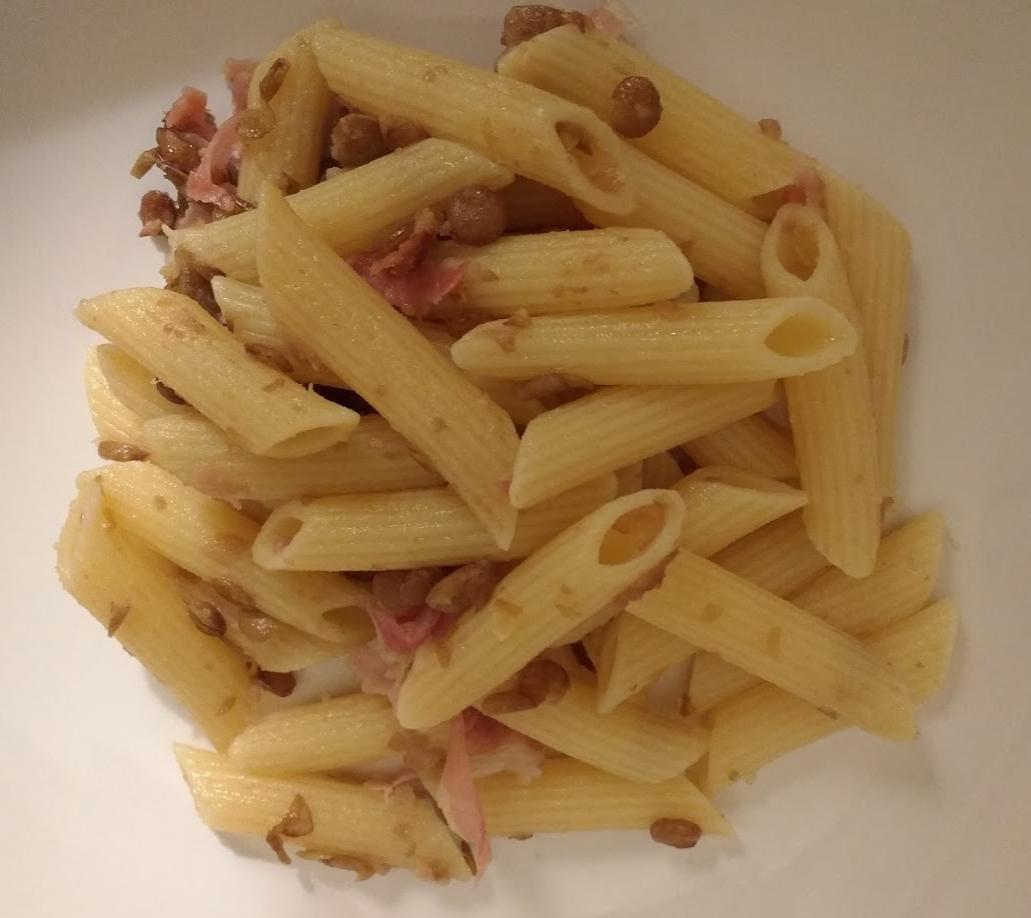 pasta con pancetta e lenticchie