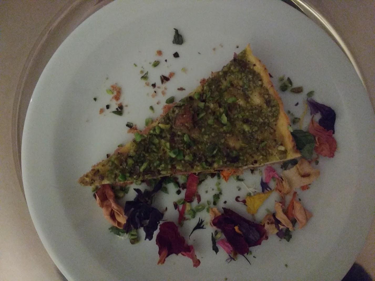 cheesecake salata al prosciutto e pistacchi