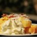 torta di mele con un uovo