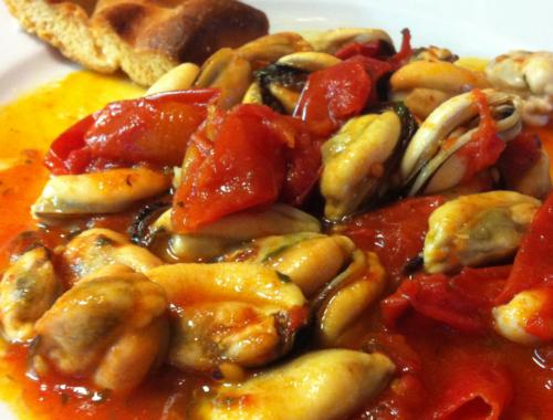 zuppa di cozze al pomodoro