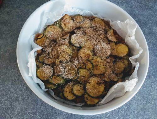torta salata di zucchine e pane