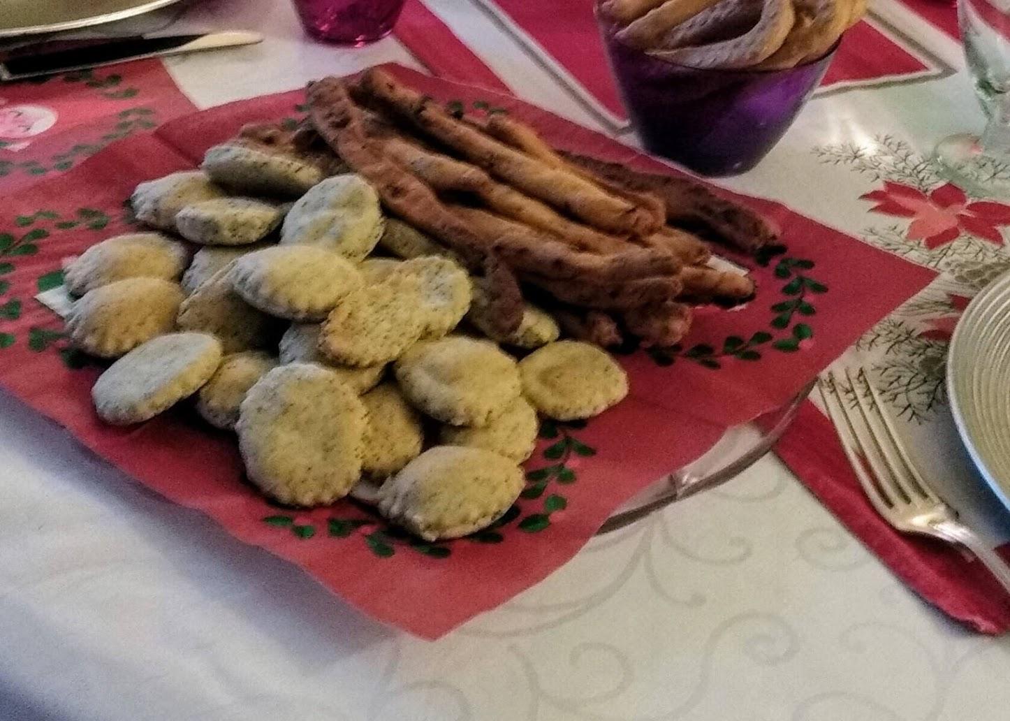 biscotti salati al rosmarino e semi di papavero